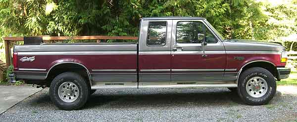 1993 Ford F-250 4x4 - side view